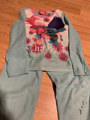 Girls Trolls fleece pajamas size 6 for Sale in Vancouver, WA
