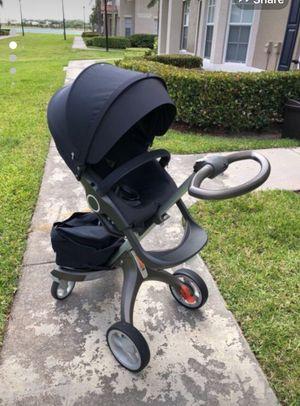 Stokke baby stroller + maxcosi car seat for Sale in Wellington, FL