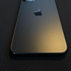 iPhone 11 Pro Green 256GB for Sale in Waterbury, CT