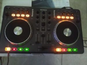 Numark mixtrack Dj for Sale in Fresno, CA