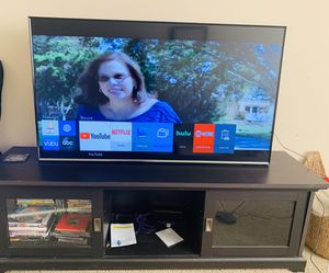 Samsung 50 inch Smart TV with TV Stand for Sale in Douglasville, GA
