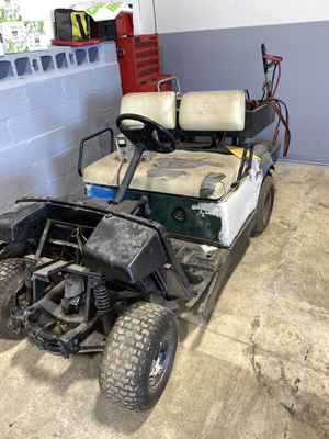 electric Yamaha golf cart needs batteries. need space for Sale in Addison, IL