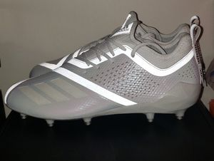 White on White Adidas Adizero 5 Star 7.0 football cleats size 13.5 for Sale in Fort Washington, MD