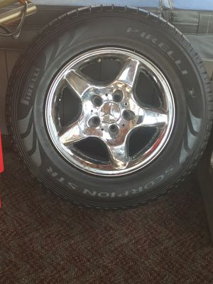 4 Mercedes tires and rims for Sale in Crofton, MD
