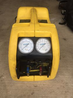 Bacharach Stinger 2000 - Refrigerant Recovery Unit for Sale in Arlington,  TX