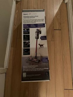 Dyson V11 Absolute Outsize Vacuum New In box for Sale in Reno,  NV