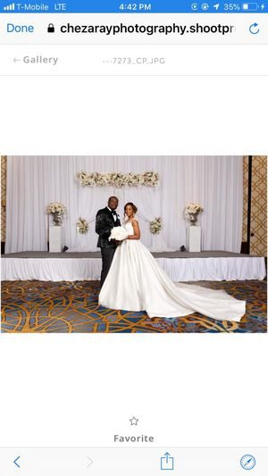 Ball gown wedding dress (US 6) for Sale in Columbia, MD