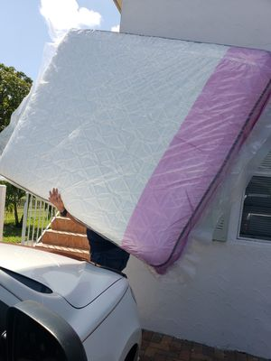 NEW QUEEN MATTRESS AND BOX SPRING, Bed frame is not included for Sale in Lake Worth, FL