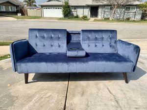 New Blue Velvet Futon for Sale in Baldwin Park, CA