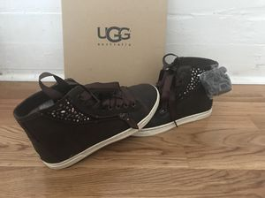 UGG tennis shoes (Brand new) for Sale in Tampa, FL