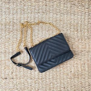 Black crossbody bag for Sale in Austin, TX