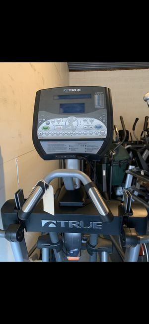 True fitness LC900 elliptical for Sale in Irving, TX