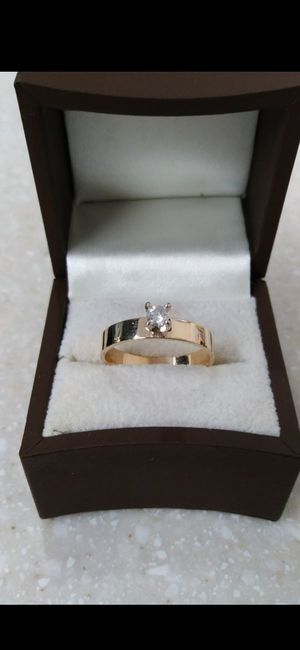 Solid 14k Yellow Gold with Solitary NATURAL DIAMOND wedding ring size 7 $500 OR BEST OFFER ** WE SHIP!!📦📫** for Sale in Phoenix, AZ