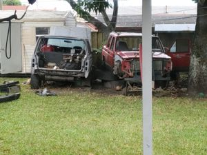 2 Jeep Cherokee 90 and 93 part out for Sale in Hialeah, FL