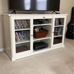IKEA TV Console for Sale in Puyallup,  WA