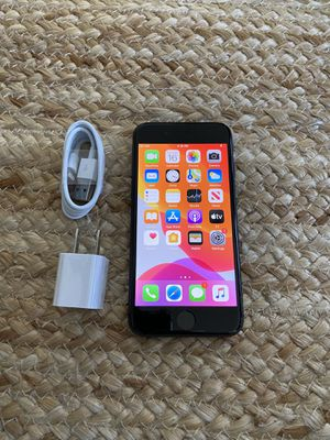 Iphone 8 UNLOCKED 64 gb great condition for Sale in Cape Coral, FL