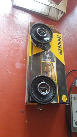 Kicker 3.5 speakers for Sale in Donna, TX
