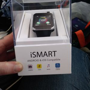 BRAND NEW NEVER USED IN ORIGINAL PACKAGING.. I SMART ANDROID &IOS COMPATIBLE SMART WATCH for Sale in Reading, PA