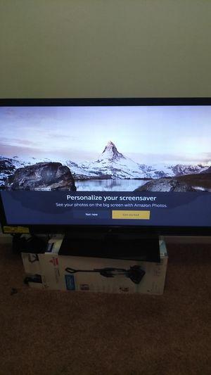50 inch zenith TV for Sale in Chester, VA