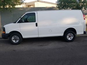 2007 GMC SAVANAH SAME AS CHEVY EXPRESS CARGO VAN, WORKS GREAT, COLD AC, GOOD TIRES FORD E150 E250 1500 2500 TRUCK for Sale in Santa Clarita, CA