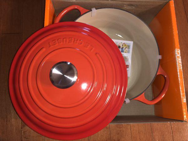 Le Creuset 22cm 2.75qt New In Box