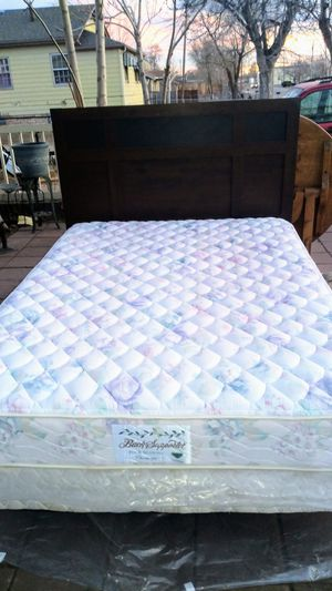 Queen size for Sale in Commerce City, CO