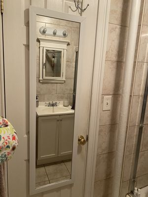 Long Hanging Mirror for Sale in Brooklyn, NY