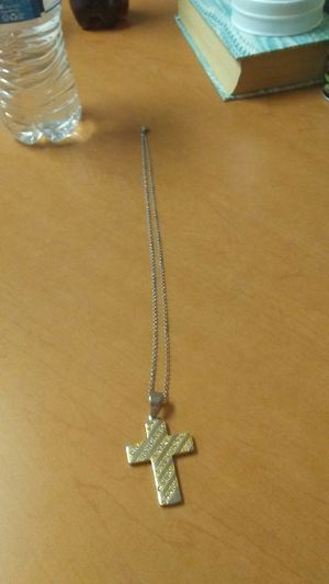 Silver cross pendent for Sale in Grenada, MS