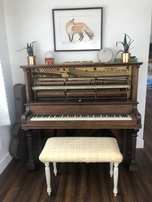 Beautiful Vintage/Antique Piano (bench optional +$30) $200 OBO for Sale in Glendale, CA