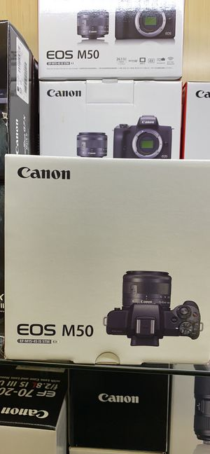 Canon EOS M50 camera with 15-45 mm lens for Sale in Corona, CA