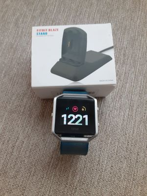 Fitbit Blaze and Stand Charger for Sale in Largo, FL
