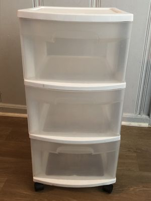 Sterilite plastic drawers for Sale in Antioch, CA