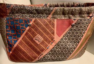 Hermès Carre en Cravates Bag for Sale in Gilbert, AZ