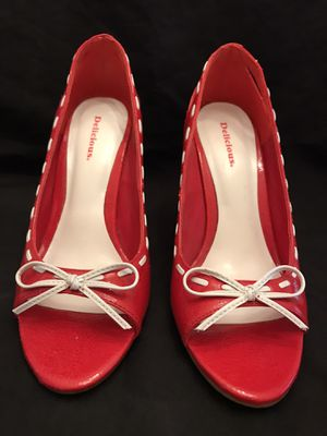 Red And white open toe pops for Sale in Nashville, TN