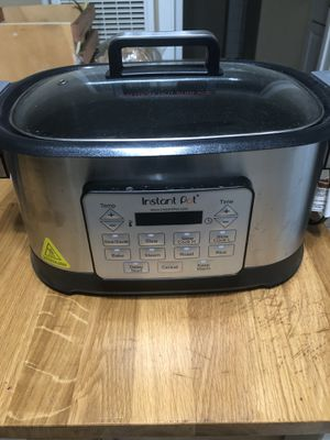 Instant pot 6qt aura multi cooker for Sale in San Leandro, CA