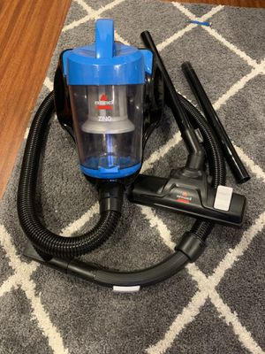 BISSELL ZING BAGLESS CANISTER VACUUM for Sale in Seal Beach, CA