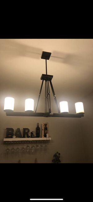 Dining room ceiling light fixture for Sale in Miami, FL
