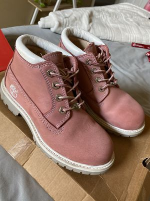 Pink Lowtop Timbs for Sale in Fresno, CA