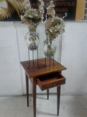 SOLID MAHOGANY WOOD Antique corner TABLE with brass handles for Sale in Dundalk, MD