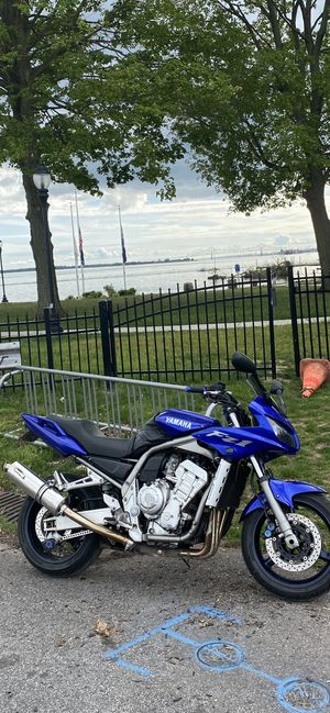 Motorcycle Yamaha FZ1 for Sale in Philadelphia, PA