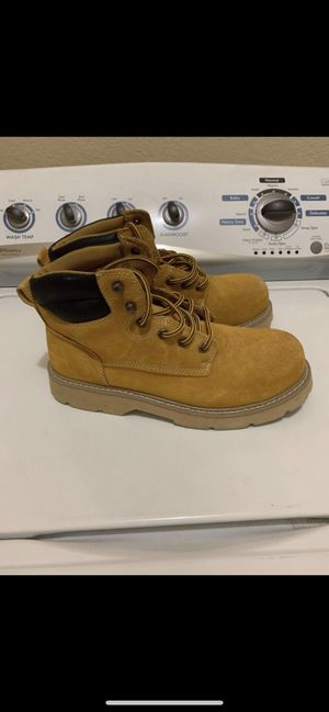 """Brahma brand Men's 6"""" work boots for Sale in Fort Worth, TX"""
