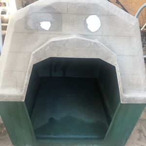 Doghouse for Sale in Fresno, CA