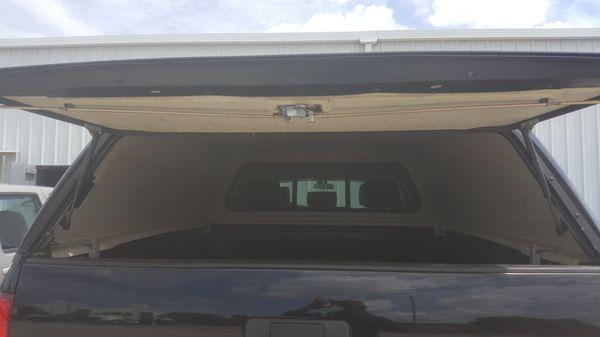 Truck bed camper