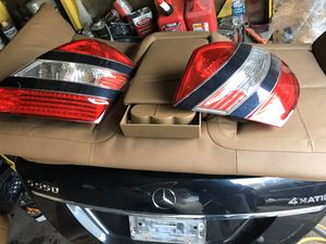 Mercedes parts and doors 2 in great conditions for Sale in Chicago, IL