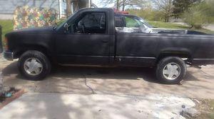 89 Chevy Silverado 1500 for Sale in Smithville, MO