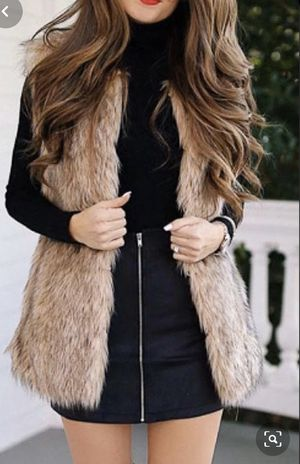 Nordstrom's rack Faux fur vest size XL New for Sale in Anaheim, CA