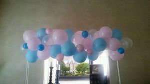 Gender reveal balloon garland decoration for Sale in Las Vegas, NV