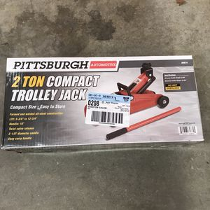 2 ton trolley jack new in box never used for Sale in Winston-Salem, NC