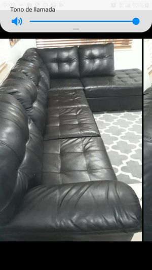 SECTIONAL LEATHER IN L.DELIVERY SERVICE AVALAIBLE . for Sale in Hollywood, FL