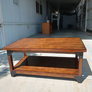 Beautiful cherry wood coffee table for Sale in GLMN HOT SPGS, CA